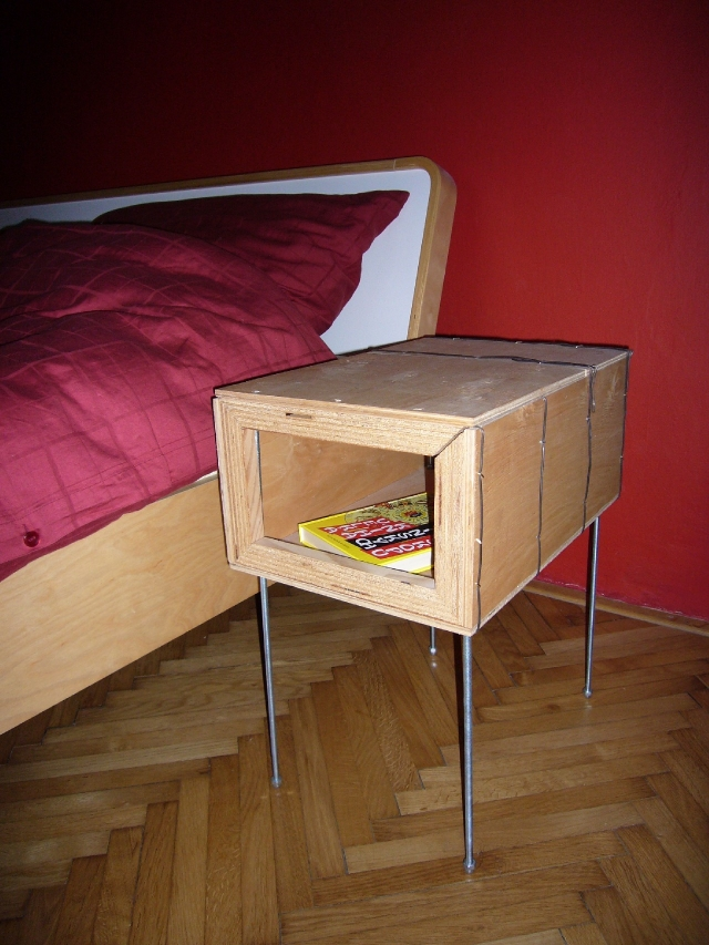 bedside table 002