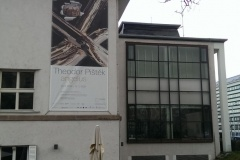 angelus_plakát-na-budově