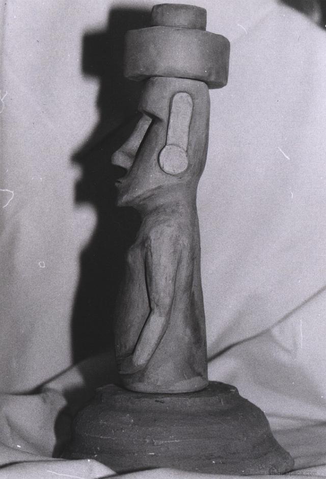 clay moai 01