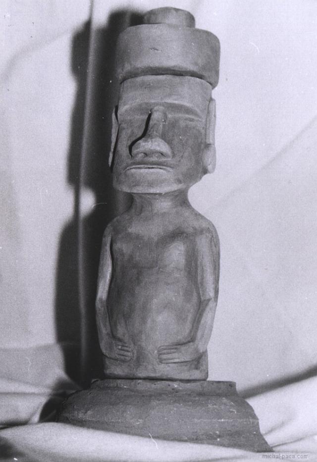 clay moai 02